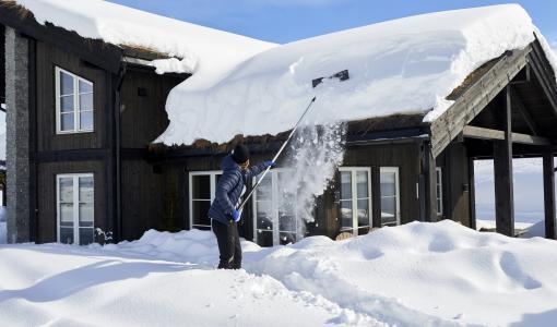 Lumen pudottamisessa katolta turvallisuus ja oikeat välineet ratkaisevat