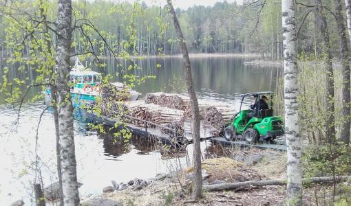 Metsähallitus ja pursiseurat lisäävät yhteistyötä retkisatamien hoidossa