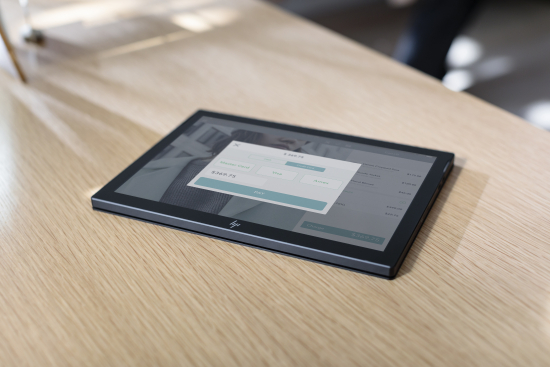 hp-engage-go-mobile_retail-store_1.jpg