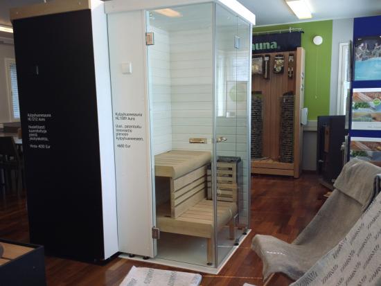 saunastore-showroom-3.jpg