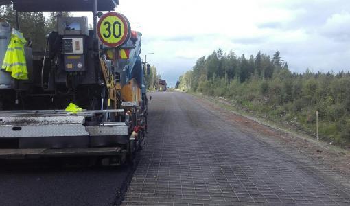 Kt 77 parantaminen Viitasaarella etenee aikataulussa – tiellä liikkujia muistutetaan työmaakohteiden nopeusrajoituksista