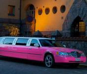 pink_limousine.jpg