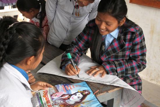 oppilaskunnan-hallitus-swamitarin-kylassa.jpg