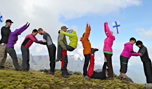 Ryhmä vapaaehtoisia kerännyt jo 100 000 euroa – Seuraava tavoite Everestillä