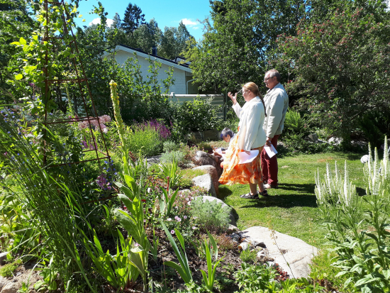 avoimet-puutarhat-avautuvat-7.-7.-2019.jpg
