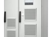 Schneider Electric esittelee UPS-järjestelmän teollisuuden koviin olosuhteisiin