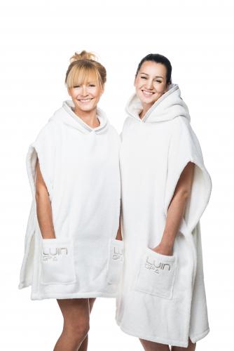 poncho-towels-grande-casual.jpg