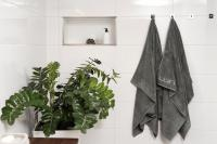 luin-living-towels.jpg