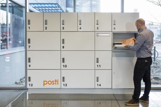 posti_pakettilokero_jatto.jpg