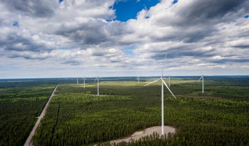 Raahen Nikkarinkaarron tuulipuisto vihittiin käyttöön