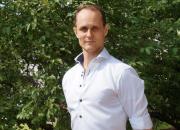 Palkittu lätkäpersoona Tuomas Nyholm liittyy Telian Liiga-tiimiin