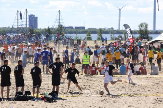 nallikari-beachsoccer_4.jpg