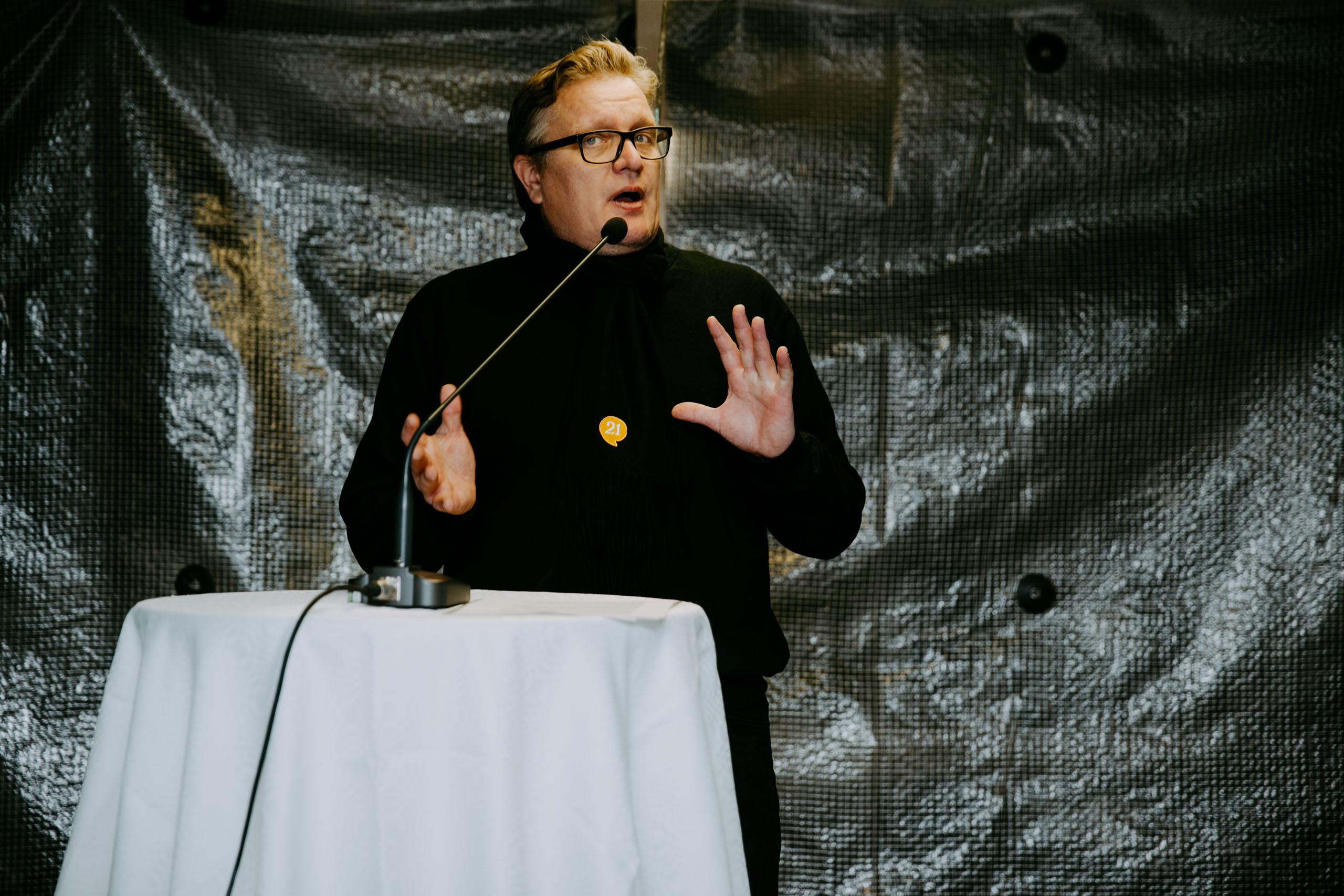 Ravintoloitsija Ilja Björs.