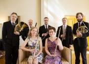 Lappeenrannan kaupunginorkesterin Elokuun illassa matkataan suomalaisesta varhaisklassismista saksalaiseen romantiikkaan aidossa Raatihuoneen miljöössä
