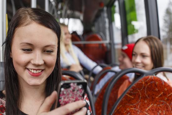 bussimatkustajat_-kuva-mikko-nikkinen.jpg