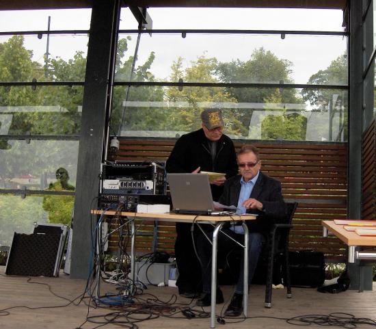 karaoke-pentti-hotti-ym_kuva-jorma-kallio.jpg