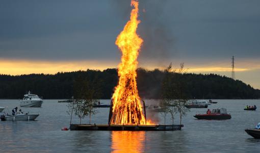 Juhannusta juhlitaan Myllysaaressa ja Kehruuhuoneella