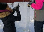 Linnoituksen Sydäntalvessa lauantaina 1.2. ohjelmaa koko perheelle – kuvataidekoulun oppilaat veistävät jääveistoksia Katariinantorille ja linnoituksen alueelle