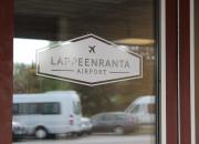 Lappeenranta valmistelee suunnitelmaa rajavalvonnan ja terveydenhuollon yhteistyöstä – toimintaa pilotoidaan jo lauantaina 8.8. Lappeenrannan lentokentällä