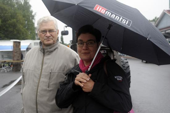 ilomantsin-elakkeelle-jaava-kunnanjohtaja-markku-lappalainen-ja-hanen-seuraajansa-marjut-ahokas._kuva-antero-lehikoinen-ja-mari-voutilainen..jpg