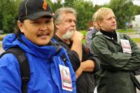 lkhagvadorj-dorjusen-mongolia-trevor-lhirendelle-kanada-ja-pavel-muntiev-venaja-ovat-karhunveiston-mm-kisan-kaukaisimpia-osallistujia._kuva-antero-lehikoinen-ja-mari-voutilainen..jpg