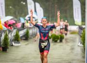 Thomas ja Koistinen triathlonin puolimatkan Suomen mestareiksi Joroisissa