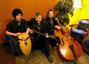 Kauko Röyhkä Trio esiintyy pääkirjastolla 28.9.