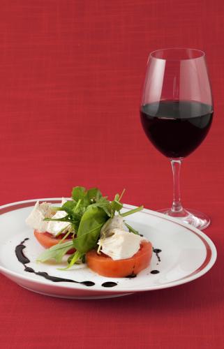 Rosso-caprese-viini-p.jpg