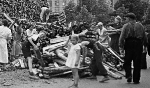 Puu on pitänyt pintansa Suomessa 100 vuotta