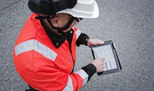 Cramo parantaa digitaalisia palvelujaan ja perustaa verkkovuokraamon