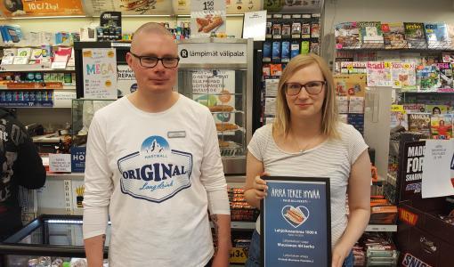 """""""Kerho tarjoaa monipuolista tekemistä lapsille ja nuorille"""" – R-kioski tukee Muuramen 4H-kerhon toimintaa 1 000 euron lahjoituksella"""