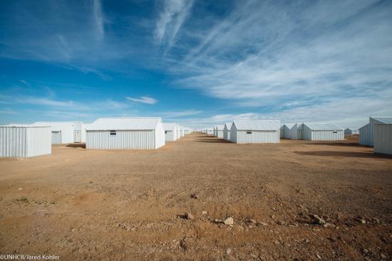 azraqiin-nousee-jordanian-kolmas-leiri-syyrian-pakolaisille_kuva_-unhcr_j.-kohler.jpg